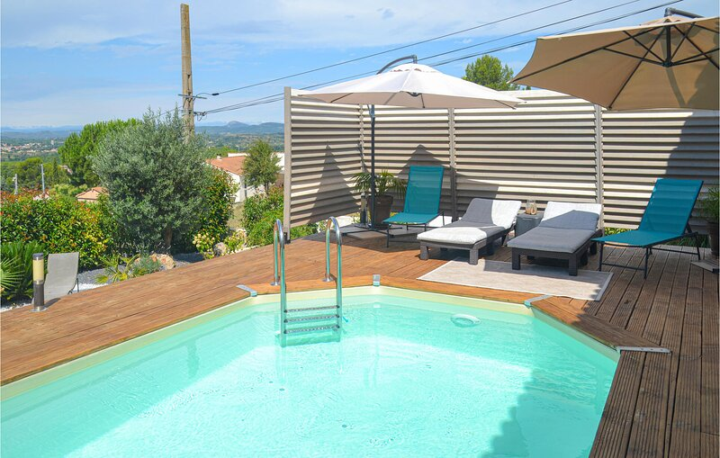 Amazing home in Campagnan with WiFi, Outdoor swimming pool and 3 Bedrooms (FLH24, vacation rental in Usclas-d'Herault