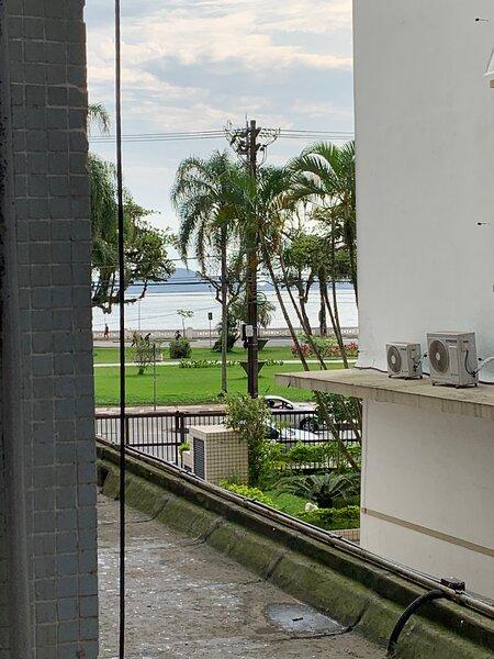 Apartamento em frente à praia - aquário, holiday rental in Santos