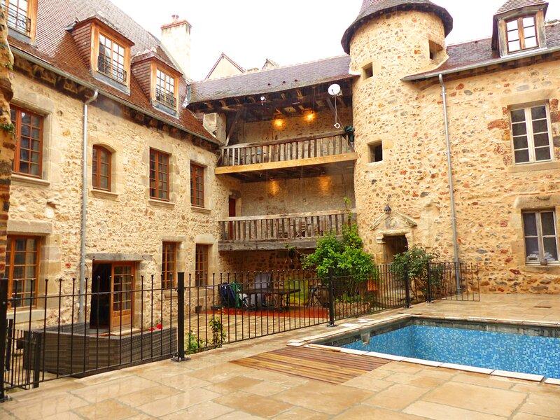 de l'Ancien Collège, holiday rental in Cosne-d'Allier