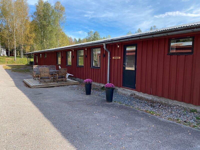 Smedjebacken Finnbo Gård - Bistron Pensionat, holiday rental in Borlange