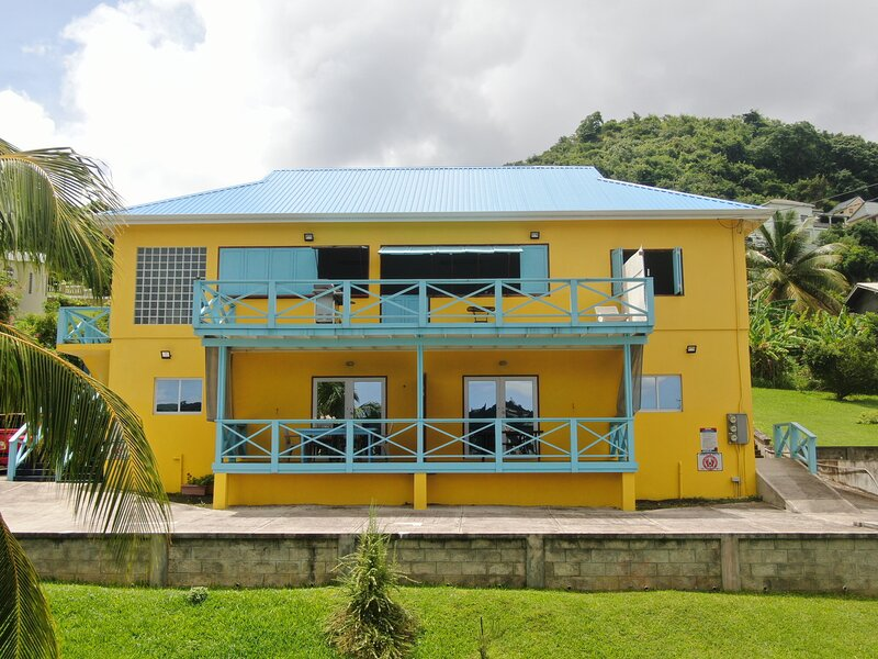 Apartment #2 - We host quarantine guests - medium term renters welcome, holiday rental in Morne Rouge