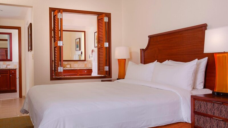 Mountain View Two Bedroom Villa, holiday rental in Ewa Beach