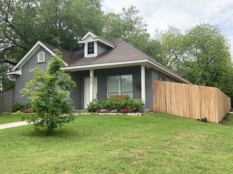 OSO COMFORTABLE COTTAGE, holiday rental in Lorena