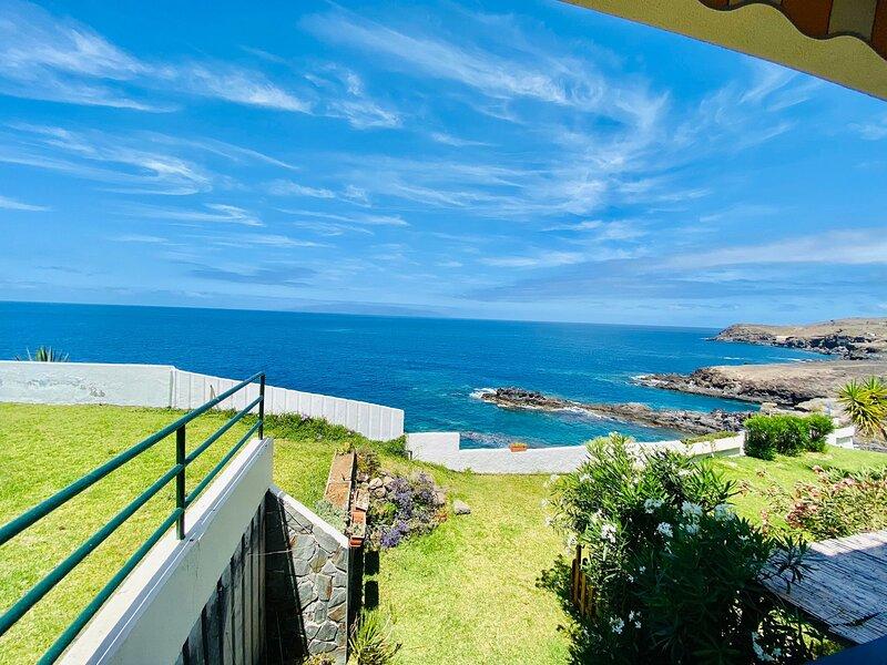 Beautiful Sea View FREE WIFI, holiday rental in Callao Salvaje