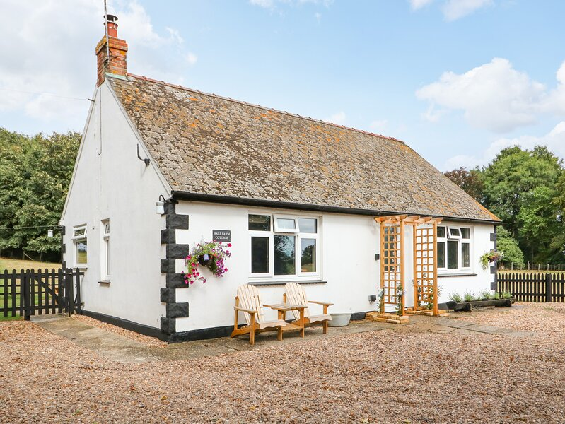 Hall Farm Cottage, Louth, holiday rental in Legbourne