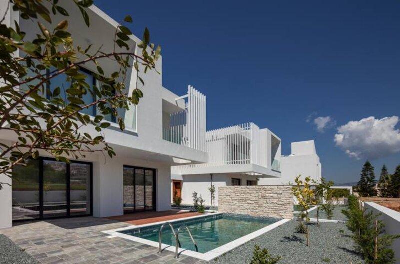 Avalon 1 Villa 19, aluguéis de temporada em Emba