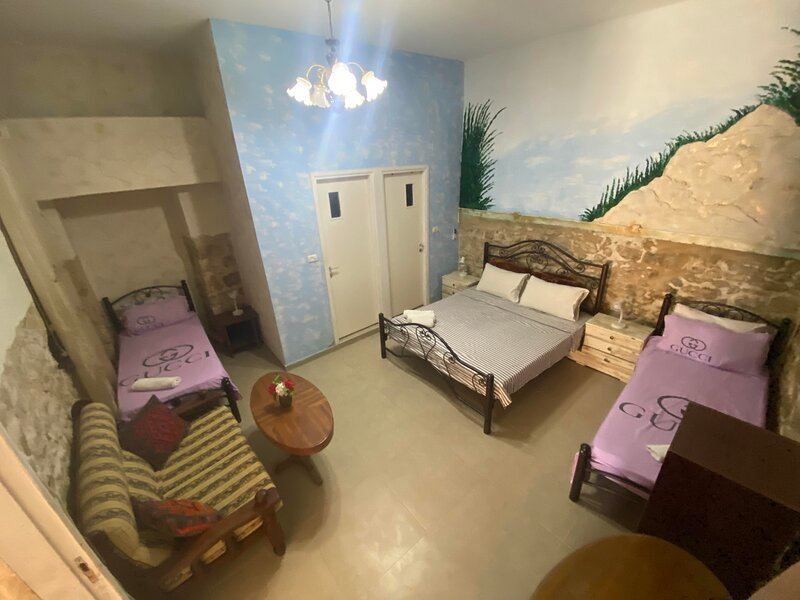 Calm night in Old City, holiday rental in Afula
