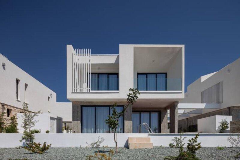 Avalon 20, 3 bedroom Villa with Private Pool, aluguéis de temporada em Emba