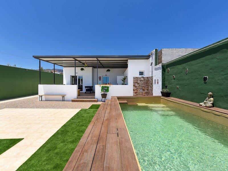 Villa Candela, holiday rental in El Burrero