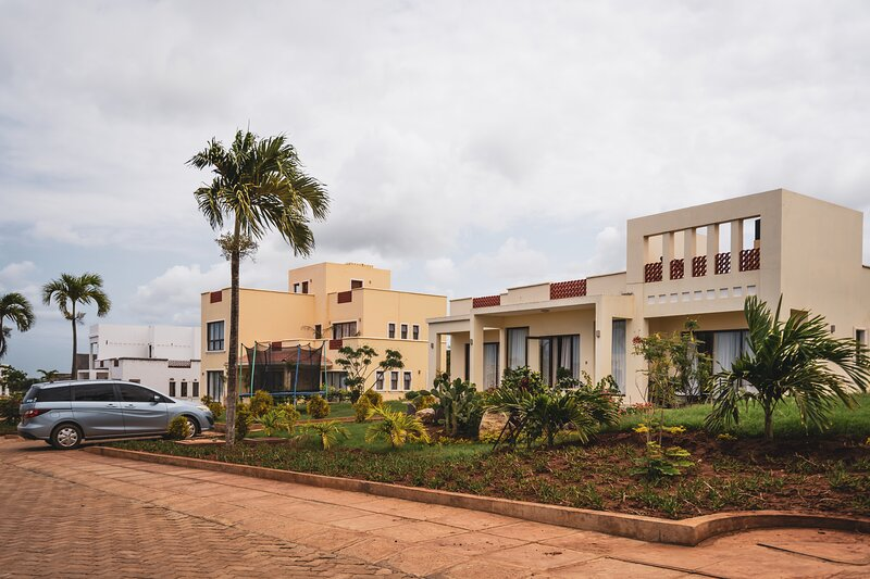 Spacious 3 Bedroom Bungalow in Vipingo, alquiler vacacional en Kikambala