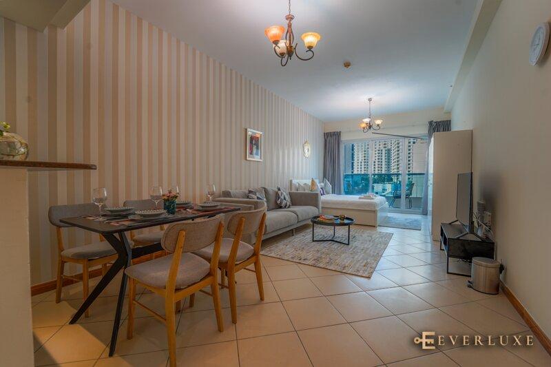 Everluxe Marina Diamond Studio, alquiler de vacaciones en Murqquab