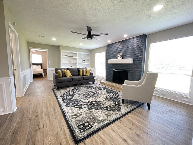 Gorgeous Home 15 minutes away from IAH, vacation rental in North Houston