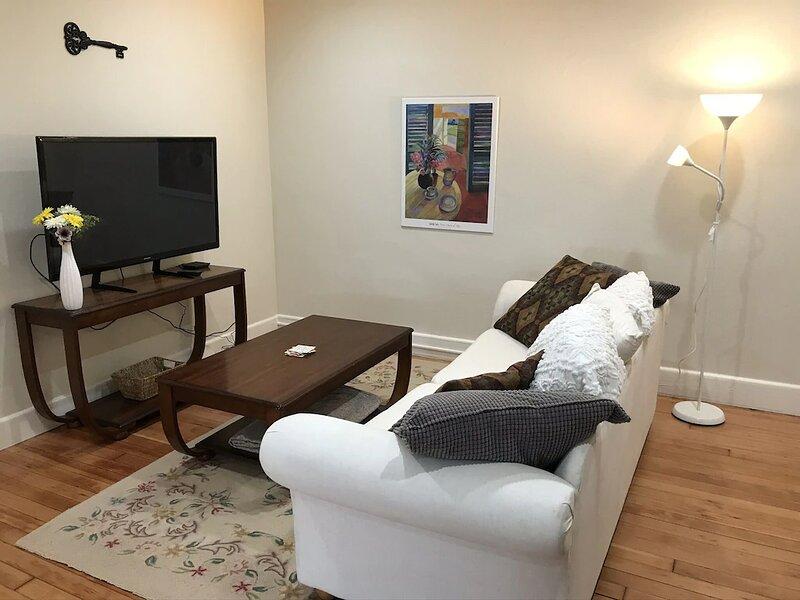 240 State St Loft B Salem OR 'TIGER STATON LOFTS', vacation rental in Salem