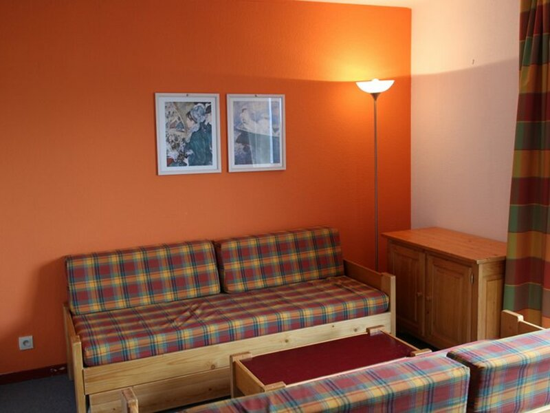 2 pièces +cabine 6/8 personnes coeur station 42m², holiday rental in Modane