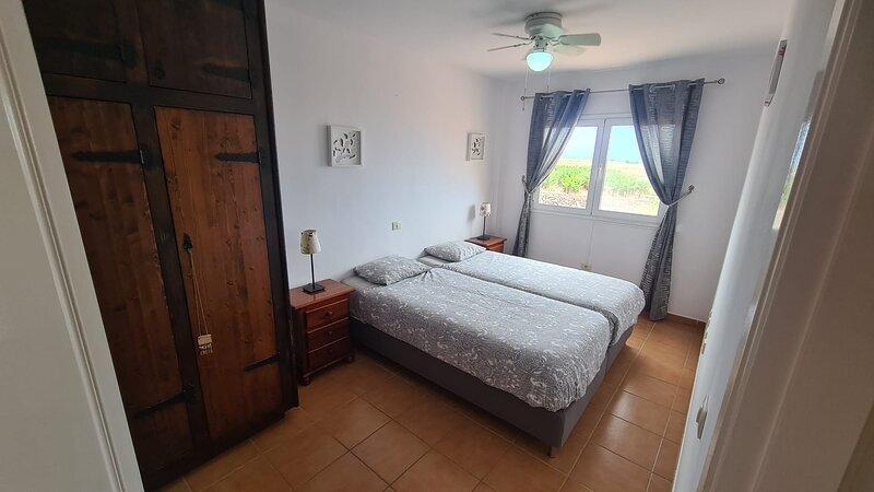 Relax in Callao Salvaje FREE WIFI, holiday rental in Barrio Los Menores