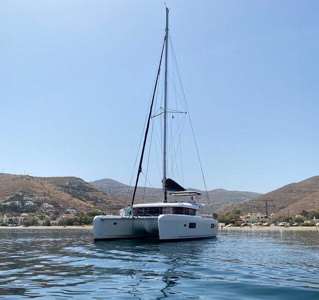 Staying at a luxury catamaran, holiday rental in Filothei-Psychiko