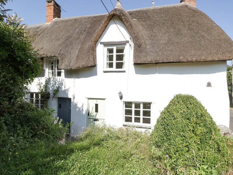 1 Old Thatch, Kilve, holiday rental in Crowcombe