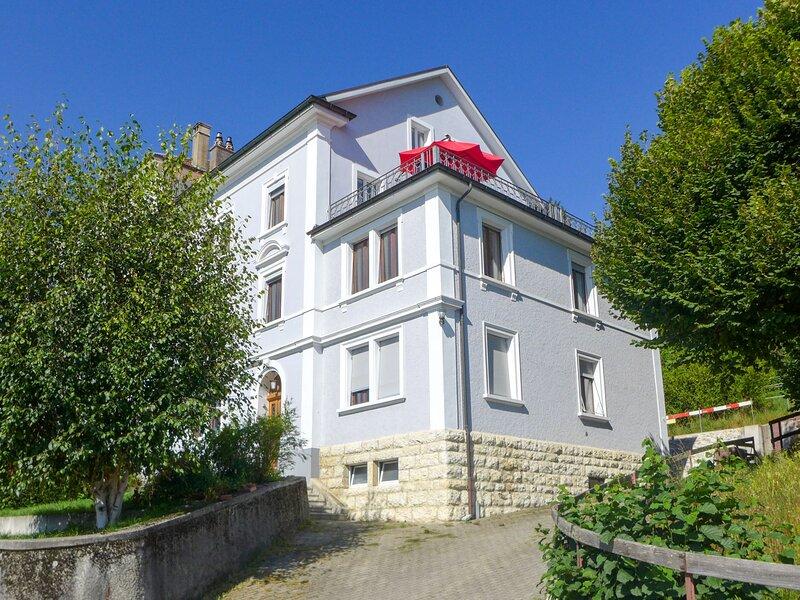 Maison de Maître, holiday rental in Moutier