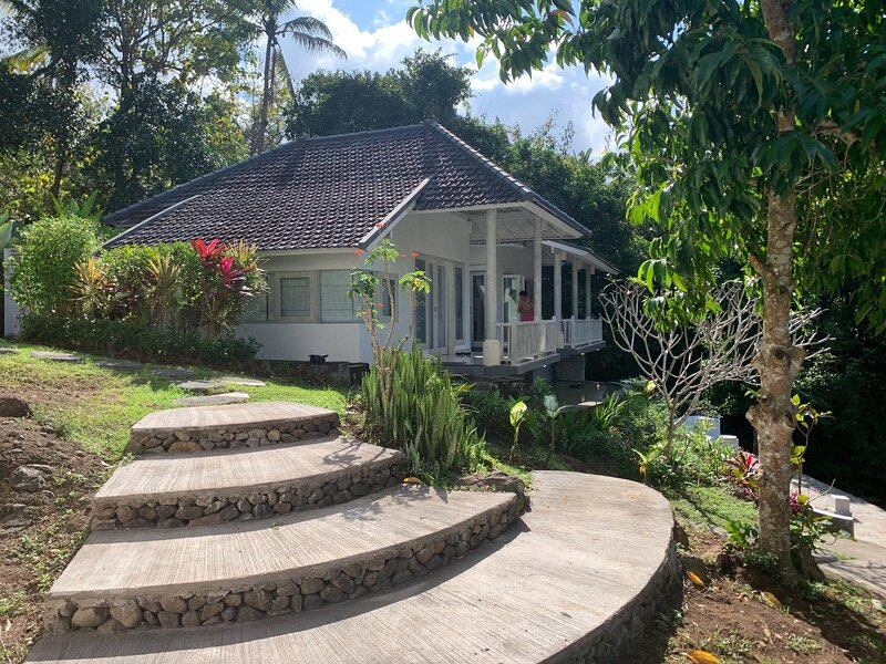 Balian Bliss Retreat Resort - Two Persons Bungalow (Adults only), holiday rental in Antap