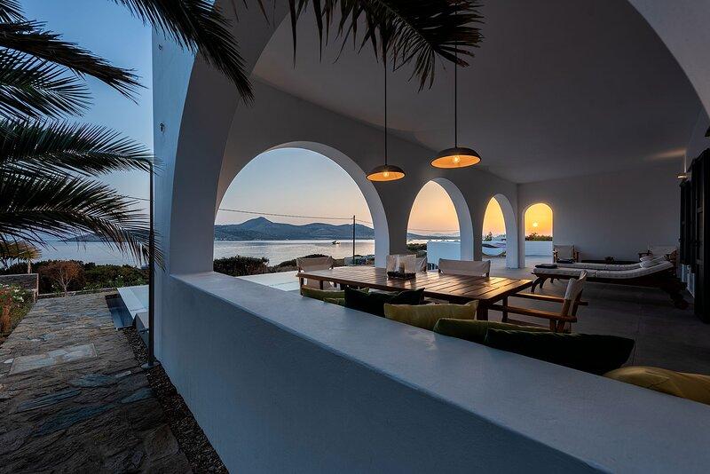 Beachfront SeaVilla, vacation rental in Agios Georgios