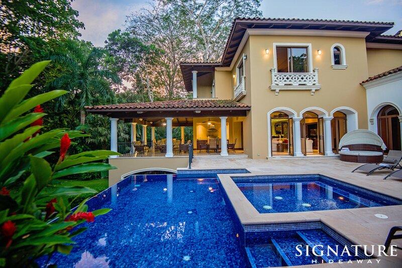 Signature 6 Bedroom House in Los Sueños, alquiler de vacaciones en Los Sueños