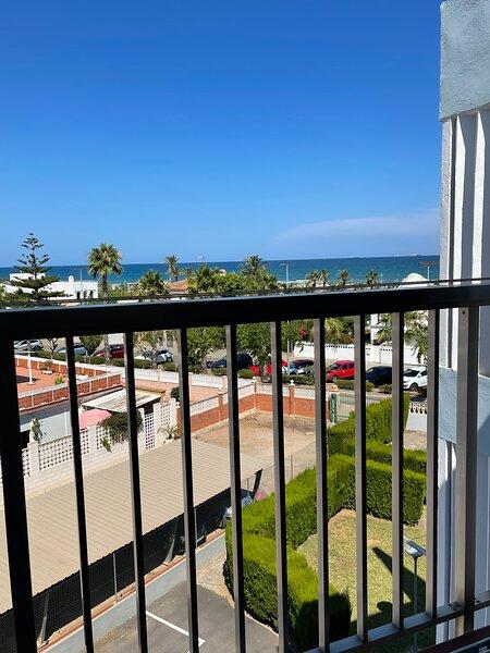 Apartamentos Los Pinos, holiday rental in Castellón de la Plana