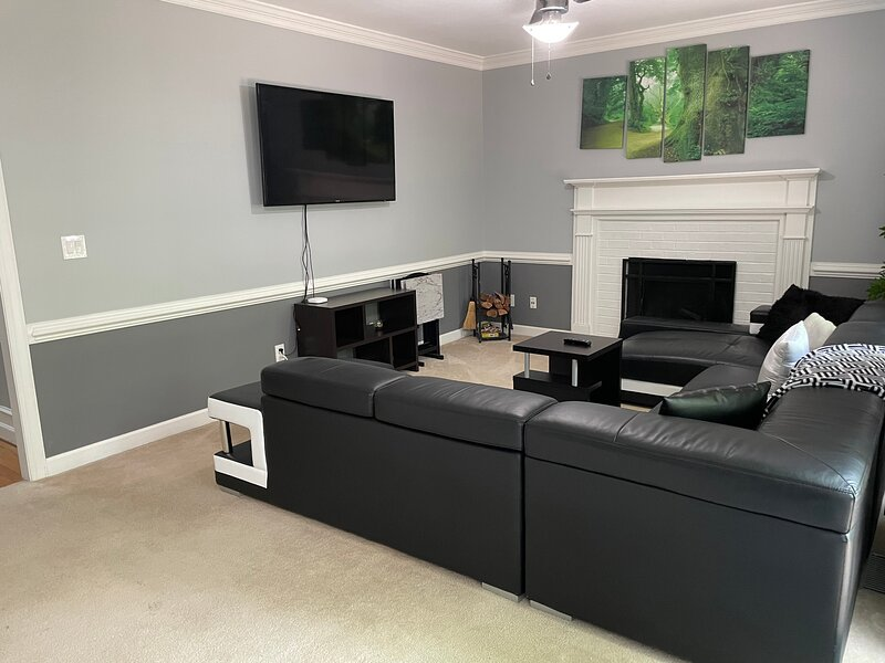 Private Charlotte Home in Gorgeous Neighborhood, vacation rental in Concord