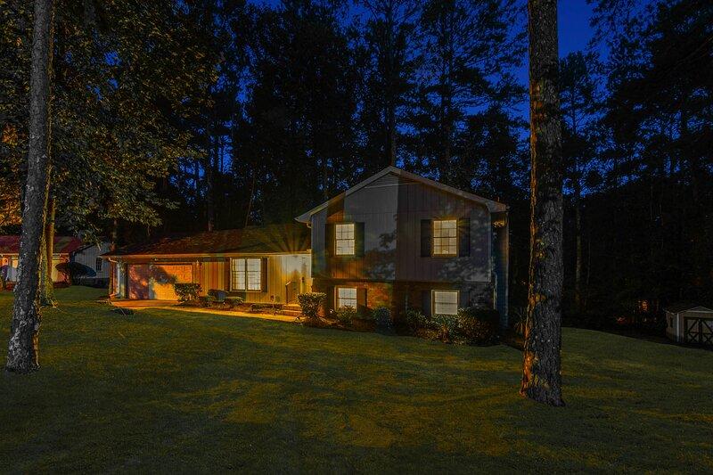 Boutique Atlanta Home, sleeps 13, location de vacances à Lithonia