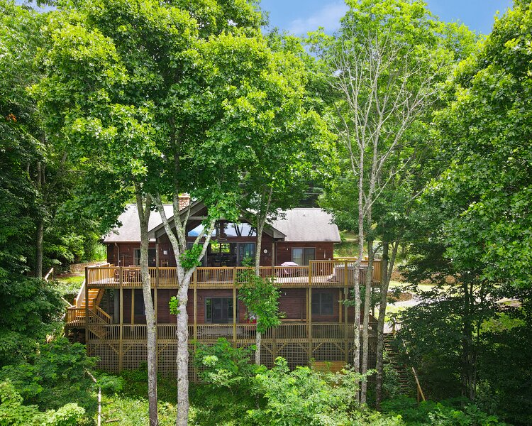 Bear and Bull Lodge, location de vacances à Mars Hill