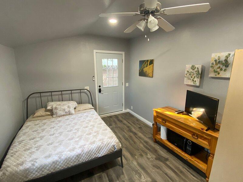 Private Guest Suite, location de vacances à Westlake Village
