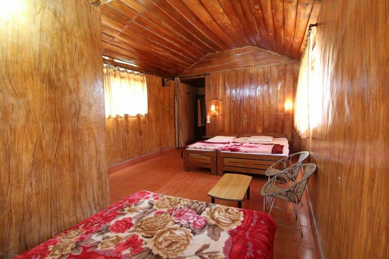 TripThrill Jungle Mount Adventures Std Room, alquiler de vacaciones en Bhagamandala