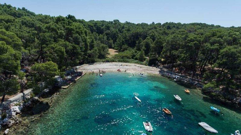Comfortable Studio flat Oasis in Nerezine, Croatia, location de vacances à Osor