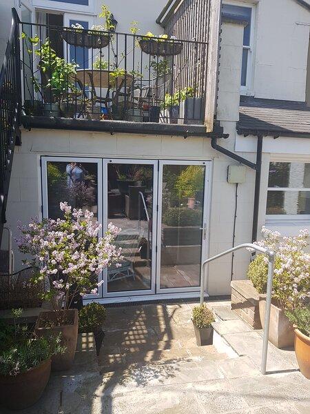 Lovely Garden Large Apartment, vacation rental in Tonbridge