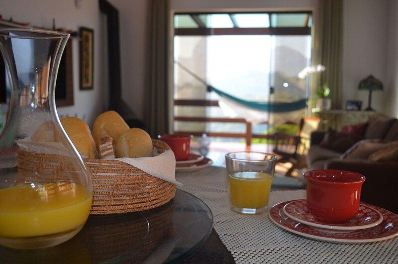 Casa Mirante em Itaipava, 3 quartos, vista de tirar o fôlego, location de vacances à Tres Rios