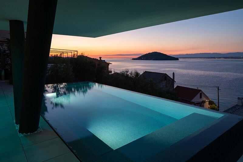 Beautiful Villa Trinity, on the Island of Ugljan, alquiler vacacional en Ugljan Island