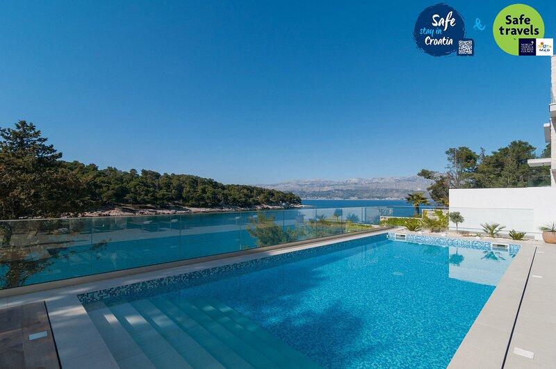 Beautiful Villa ToMara, on the Island of Brac, holiday rental in Splitska