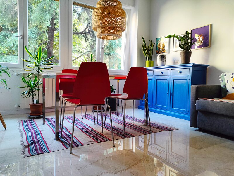 Home away from home (beautiful apartment in the center), holiday rental in Monte San Pietro