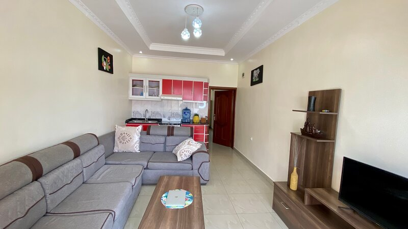 Budget Friendly Private Apartment. 3.3KM to Airport, alquiler de vacaciones en Kigali