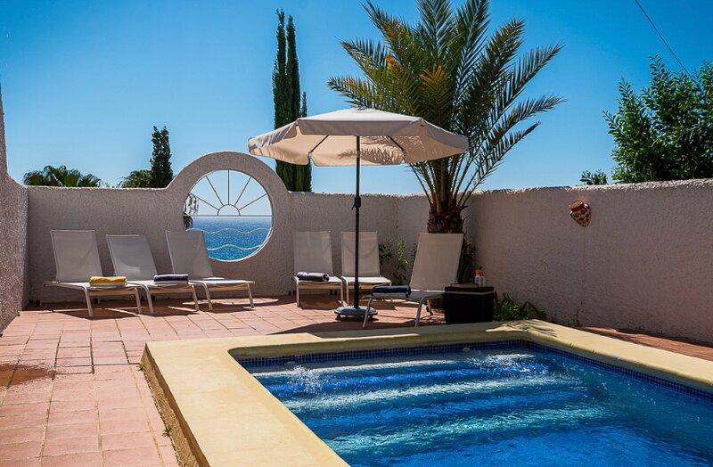 JUST ADDED:   PRIVATE VILLA WITH STUNNING SEA VIEWS 150M TO THE BEACH, alquiler de vacaciones en Mojácar