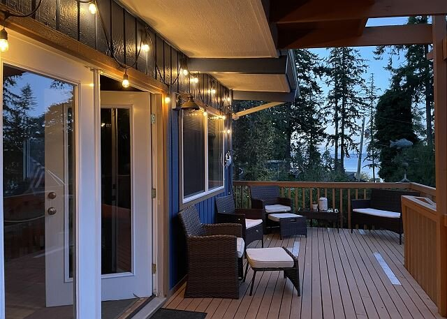 299- Hot tub, sleeps 6 in 2 bedrooms plus bonus cabin/loft, vacation rental in Coupeville