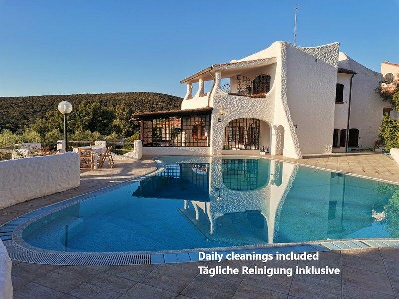 Exclusive villa seaview  in a little paradise with pool 5⭐️ hotel comfort & care, location de vacances à Isola di Sant Antioco