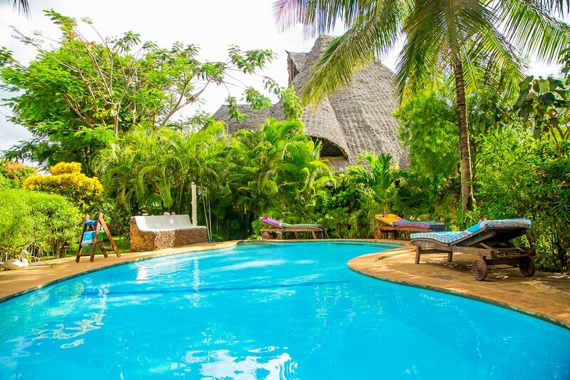 Immaculate, stunning 3-Bed Cottage in Diani beach, alquiler vacacional en Galu Beach