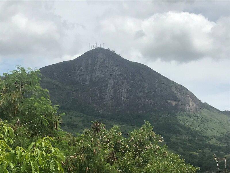 Freshness Island By The Breeze Of The Ibituruna, casa vacanza a Governador Valadares