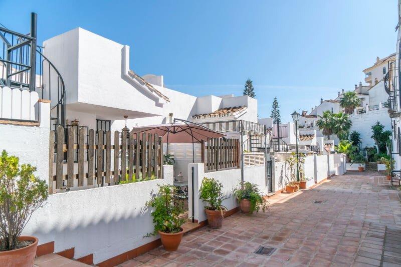 Eco Playa Suites Townhouse, vakantiewoning in Torrequebrada