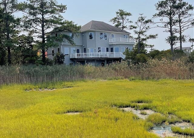 Refuge - Water Front - Single Family Home, holiday rental in Chincoteague Island