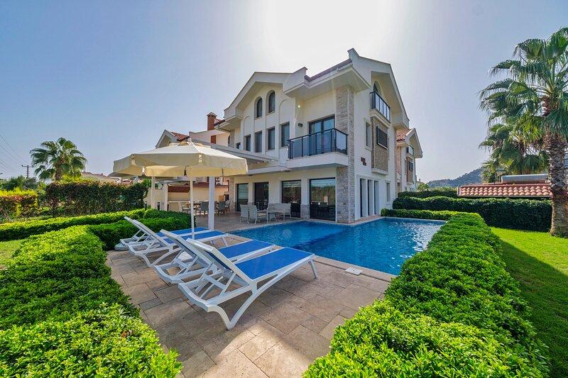 Villa West, holiday rental in Koycegiz