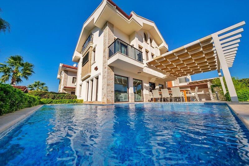 Villa South, holiday rental in Koycegiz