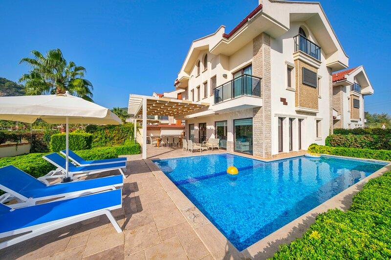 Villa East With Private Pool in Dalyan, holiday rental in Koycegiz
