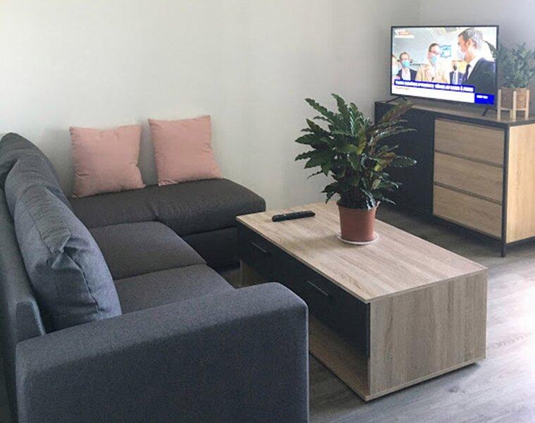 Superbe appartement meublé 3 chambres à Rognac, holiday rental in Berre l'Etang