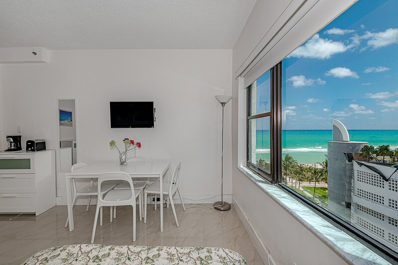 Sea view apt-810, holiday rental in Miami Beach